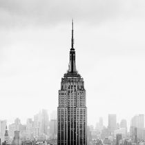 Empire State Building by Frank Stettler