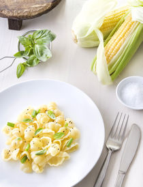 Pasta with basil by Tomer Burmad