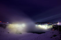 Horseshoe Falls at night, Niagara Falls, Canada by Julian Sheen