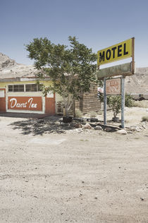 Desert Inn Motel in the Nevada Desert near Las Vegas. by Tom Hanslien