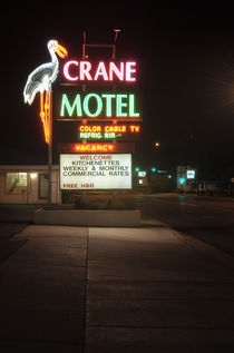 Crane Motel, Roswell, New Mexico. by Tom Hanslien