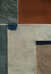 Wall art in Lisbon, Portugal by bob bingenheimer