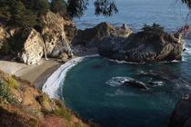 California-julia-pfeiffer-burns-state-park-mcway-waterfall-2