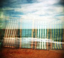 Oh-i-do-like-to-be-beside-the-seaside