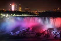 Niagara At Night by Paul Lemke