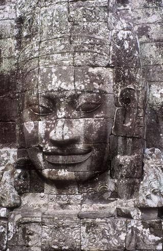 Cambodia-bayon-211
