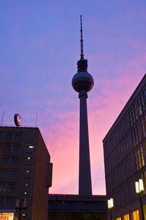 Tv Tower, Berlin by Ricardo Ribas