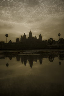 Angkor Wat - Classic Golden Tint by Russell Bevan Photography