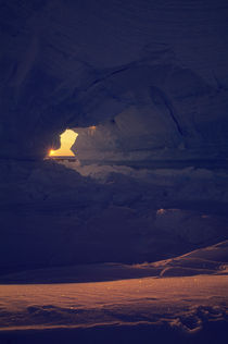Iceberg with Sunburst by Wolfgang Kaehler