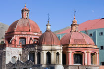 Mexico, Guanajuato. Domes of Templo San Diego, a church in downtown Guanajuato von Danita Delimont