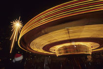 North America, USA, Washington, Seattle.  Christmas star and carousel at night von Danita Delimont