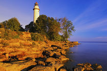 Pointe Aux Barques Lighthouse at sunrise on Lake Huron von Danita Delimont
