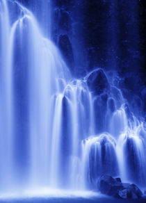 Waterfall by Yukio Otsuki