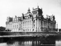 Berlin,Reichstag,Sued by AKG  Images