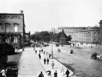 Unter den Linden,Palais Wilhelms I./Foto by AKG  Images
