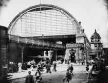 Berlin,Bahnhofshalle Alexanderplatz/Levy by AKG  Images