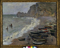 Claude Monet, Etretat, plage et porte... by AKG  Images