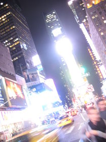 Times square full lights ... von Benjamin Gaie