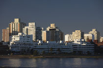 Buildings at the waterfront, Punta Del Este, Maldonado, Uruguay von Panoramic Images