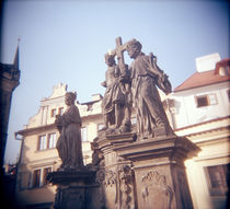 Low angle view of statues, Charles Bridge, Prague, Czech Republic von Panoramic Images