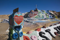 Cultural site near a hill, Salvation Mountain, Imperial County, California, USA von Panoramic Images