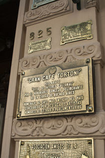 Close-up of a signboard, Cafe Tortoni, Avenida De Mayo, Buenos Aires, Argentina von Panoramic Images
