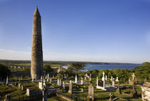 12th Century Round Tower, St Declan's Cathedral, Ardmore, Co Waterford, Ireland von Panoramic Images