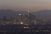 City lit up at dawn, Los Angeles, California, USA von Panoramic Images