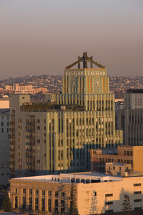Buildings in a city, Eastern Columbia Building, Los Angeles, California, USA von Panoramic Images