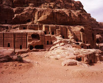 Ruins of cliff dwellings, Petra, Jordan von Panoramic Images