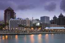 Buildings at the waterfront, Caudan Waterfront, Port Louis, Mauritius von Panoramic Images
