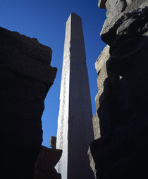 Low angle view of an obelisk, Valley Of The Kings, Luxor, Egypt von Panoramic Images