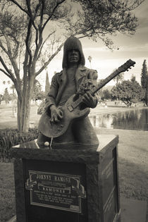 Tombstone of Johnny Ramone in Hollywood Forever Cemetery by Panoramic Images