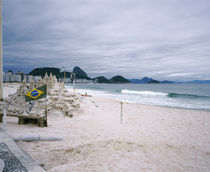 Sand castle on the beach, Copacabana Beach, Rio De Janeiro, Brazil von Panoramic Images