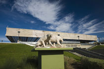 Sculptures of Saber Tooth cat in front of a museum by Panoramic Images