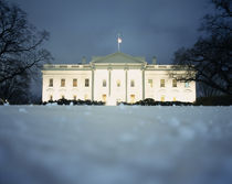 Surface view of snow in front of the White House, Washington DC, USA by Panoramic Images