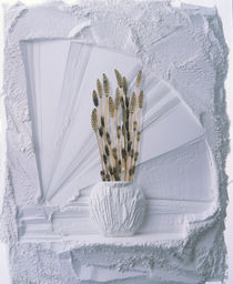 White plaster decorative ledge with white plaster vase holding cattails von Panoramic Images
