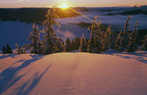 Sunrise over snowy slope von Panoramic Images
