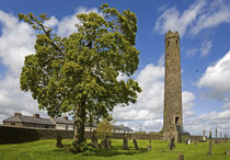 Round Tower, St Brigid's CI Cathedral, Kildare Town, Co Kildare, Ireland von Panoramic Images