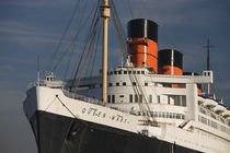 Rms Queen Mary cruise ship at a port by Panoramic Images