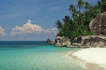 Rocks on the beach, Pulau Dayang Beach, Malaysia von Panoramic Images