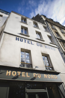 Low angle view of a hotel von Panoramic Images
