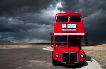 Double Decker and Storm by Leslie Philipp
