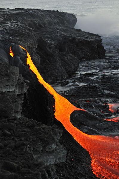 Kilauea-volcano-molten-lava-ocean-rm-haw-d319564