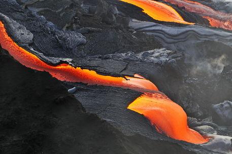 Molten-lava-kilauea-rm-haw-d319314