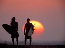 Silhouettes-sunset-bch