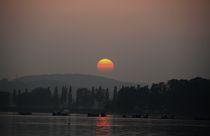 Sonnenuntergang am See by Bea  Gaberthüel