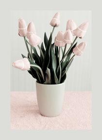 'vase with tulips' by Margo Khalys