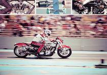 Racing by Luca Mattioli