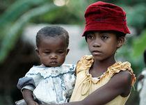 Mädchen auf Madagaskar by triviart